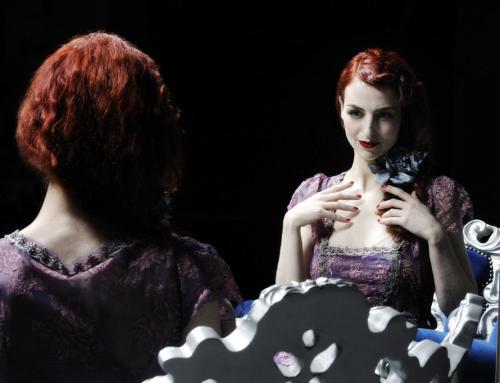 Burlesque – Eve La Plume